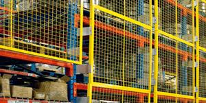 Pallet rack safety panel