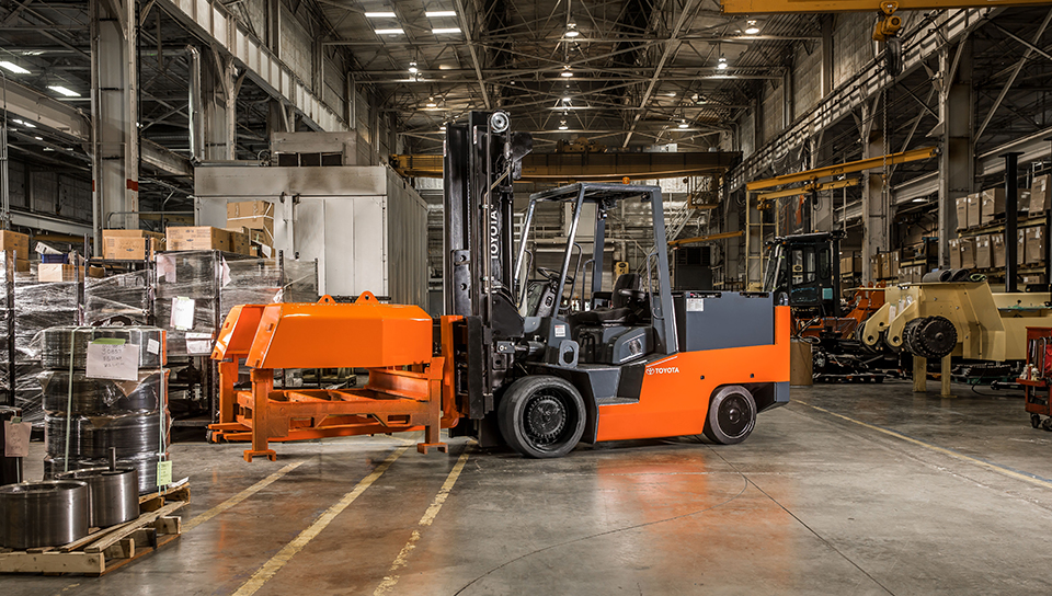 Toyota High Capacity Electric Forklift