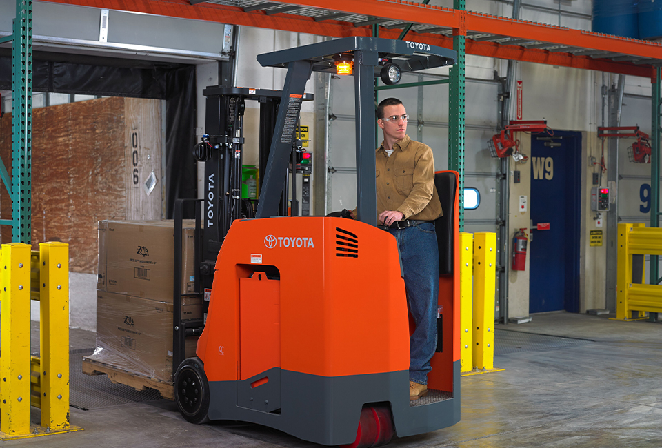 Toyota Stand up Rider Forklift