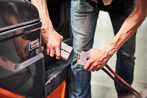 Benefits of lithium forklift battery